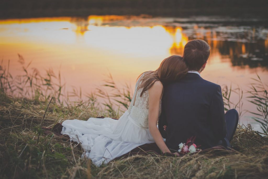 Fotos de boda que no pueden faltar en tu álbum, ▷ Alquiler Fotomatón en Madrid