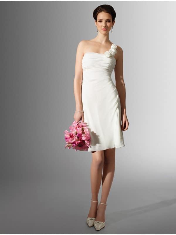 Vestido de novia corto, qué tener en cuenta, ▷ Alquiler Fotomatón en Madrid
