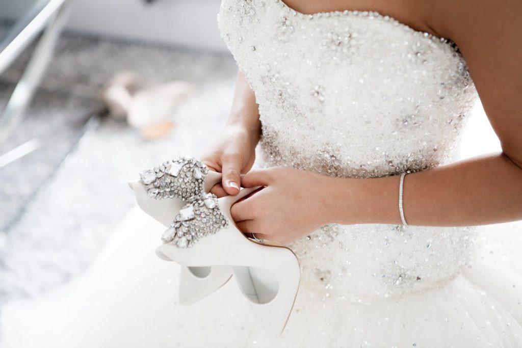 Zapatos de novia, cómo elegir los mejores, ▷ Alquiler Fotomatón en Madrid