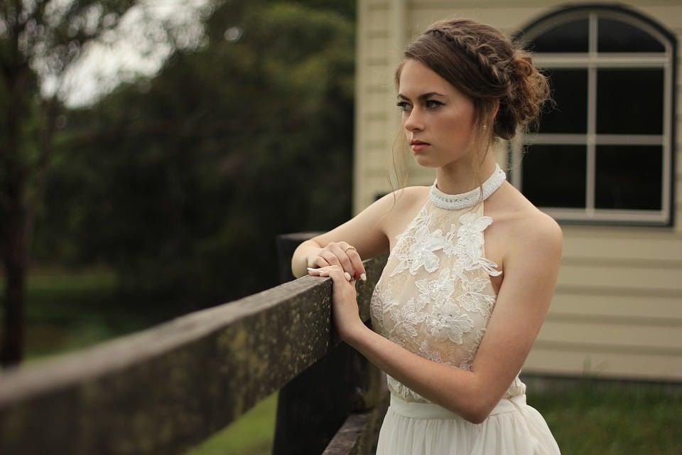 Alquilar el vestido de novia, ¿una gran idea?, ▷ Alquiler Fotomatón en Madrid