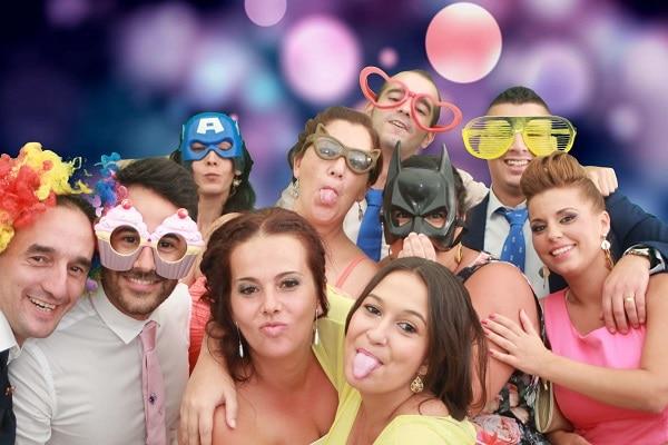 Festejar con un fotomatón: ideas para una fiesta perfecta